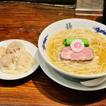 156858661 - ◎中華そばと肉ワンタン