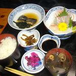 和風料理 鎧崎 - 料理写真:御造り定食