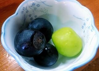 五葉松 - サービスのブドウ