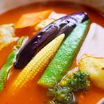 156877731 - 彩の良い大きい野菜♪