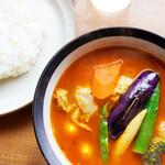 156877732 - チキンカリーのスープは海老にしました。