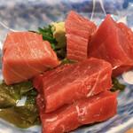 156885415 - マグロ定食