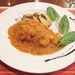 ガネーシュ - 2012秋を愉しむコース(3500円)の鶏肉と秋野菜のクリーミーなソース