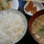 かずえ - ご飯とお味噌汁