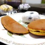 15691669 - 求肥のお菓子とどら焼き