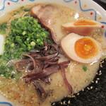 横濱ハイハイ樓 - ハイロウ麺 味玉トッピング 680円