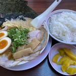 Ramenkairikiya - 全部のせラーメンとご飯