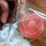 シャララ舎 - 琥珀糖、バラのゆびわ!