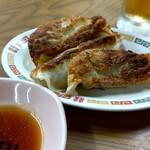 みゆき食堂 - 料理写真:ジャンボ餃子(3個)