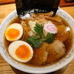 156962073 - 特製清湯(しょうゆ)そば 930円