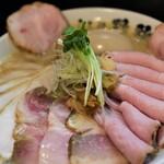 156991228 - 濃厚鶏白湯そば