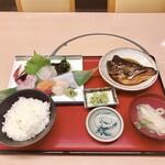 魚市 - 店長おまかせお造り定食 1650円