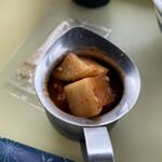 元祖パン麺 ㋧本屋 - 出汁冷麺 680円 (自家製カクテキ)