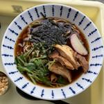元祖パン麺 ㋧本屋 - 出汁中華 630円