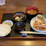 Famiriresutoranhirosesushimasa - カニ定食 1,350円