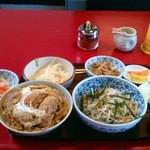 15700827 - カツ丼セット800円(ランチ時)