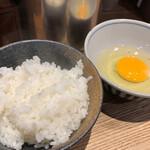 麺屋ぬかじ - 卵かけごはん(無料)