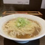 麺処 遊 - 料理写真:煮干しそば 大盛