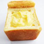パンの店 ガッタン・ゴットン - クリームパン 160円