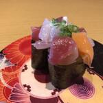 回転寿司 すしえもん - 料理写真: