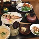 Mugiyagyosembou - 甘鯛塩焼き膳1,800円。麦とろろ汁付き。