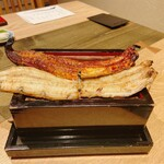 にょろ助 - 鰻重 二尾 5280円 白焼蒲焼食べ比べ