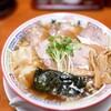 ちばき屋 - 料理写真:ワンタンそば(醤油)+焼豚