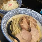 Noroshi - つけ麺中盛、つるし焼、玉ねぎ