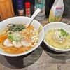 十人十色 - 料理写真:「イシモチ煮干の冷し麺(醤油)」¥900とWebチケット限定の「ナンコツ鶏ボール」¥200