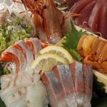 ととしぐれ - 新鮮魚介の刺し盛り