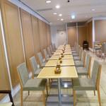 セタビカフェ - 屋内の席