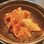 松坂牛ホルモン割烹焼肉 かつら - 白菜キムチ