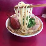 157094719 - モチモチの中太麺