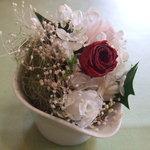 1571071 - テーブルのお花