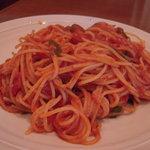 Cafe Baum - 料理写真:トマトソースのパスタ