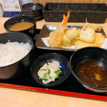 天ぷらとワイン 小島 - 特選天定食