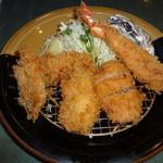 とんかつ浜勝 - かきふらいとヒレ膳 1590円