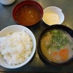 とんかつ浜勝 - ご飯、味噌汁もお代わり可