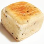 聖庵 - キュービック チーズ