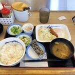 松屋 - ハムエッグ定食(納豆) 2021/8/27