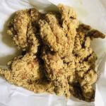 からあげ屋 帰蝶 - 料理写真:若鶏唐揚げ(ニンニク醤油)=500円 ※モモ身肉1枚分