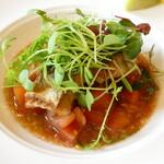 アンソレイエ - 鮮魚(サワラ)のポワレ ヘーゼルナッツ風味のヴィエルジュソース