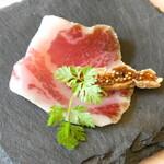 アンソレイエ - イベリコ豚生ハムとイチジク