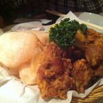 ダイニングラウンジ アメリカン - 若鶏の唐揚げ