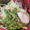 どんとこい家 - 料理写真:ネギラーメン¥850  今日のトッピング生ニラ¥50
