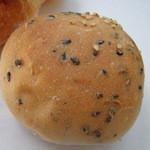 ドンチャバラ - プチごまパン