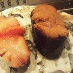与五郎寿司 - 赤貝、ウニ
