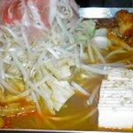 1572592 - 韓国風鉄板鍋 1580円