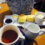 紅茶とお酒の店 teato - 紅茶・スコーン・アイス