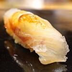 日本橋蛎殻町 すぎた - 鯛の昆布〆